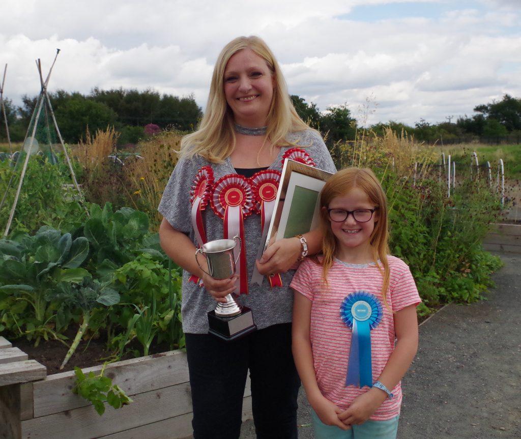 Elaine Lewis & daughter Cora